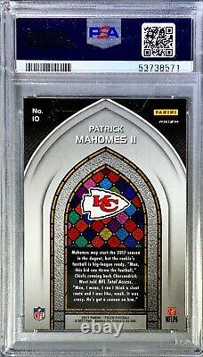 PSA 9 Mint Patrick Mahomes RC 2017 Panini Prizm #10 ROOKIE Stained Glass Chiefs