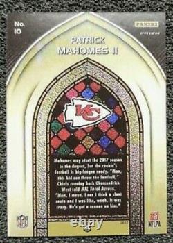Patrick Mahomes II 2017 Panini Prizm Stained Glass Rookie card #10 RP