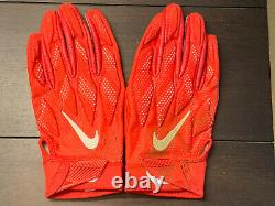 Travis Kelce 2017 Kansas City Chiefs Game Used Worn Personalized Nike Gloves