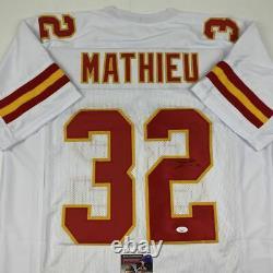 Autographié/signé Tyrann Mathieu Kansas City White Football Jersey Jsa Coa Auto