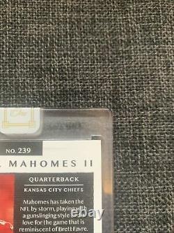 Panini One Patrick Mahomes Nike Swoosh Auto 4/5 Kansas City Chiefs